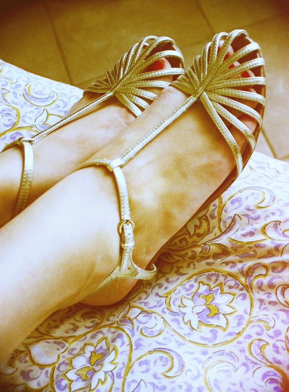 sandales doré mango