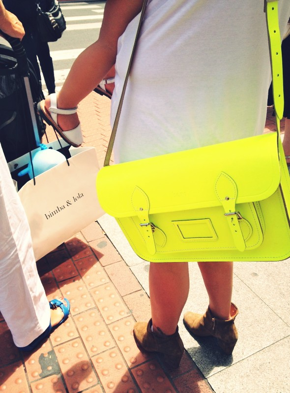 sac cartable jaune neon