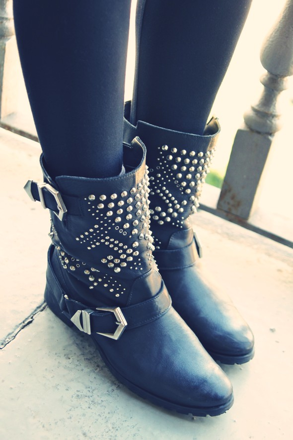 bottes cloutees