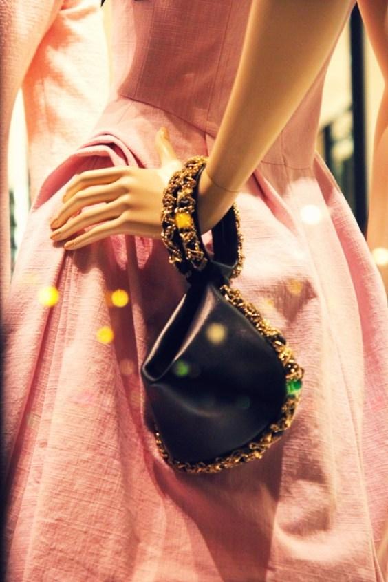 sac saisonnier bourse en cuir et chaine