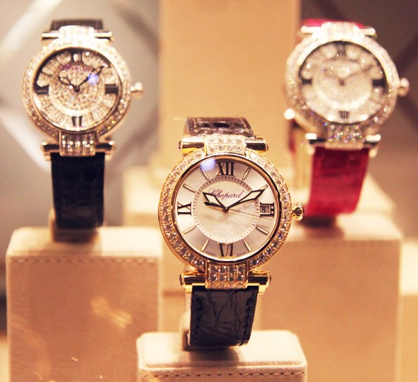 montres serties de diamants