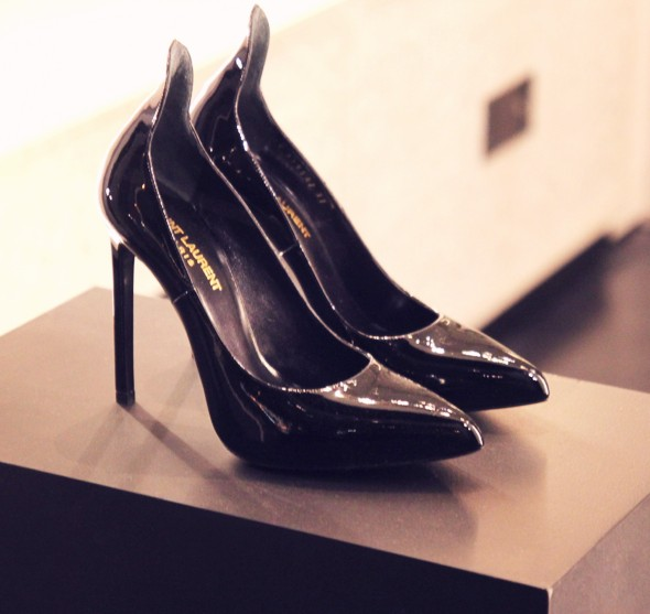 escarpins saint laurent