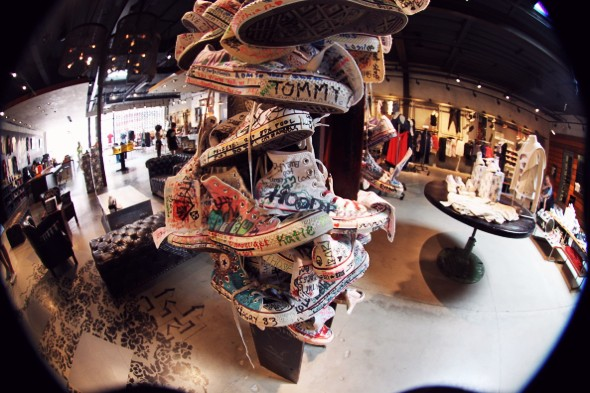 converse shop LA_effected