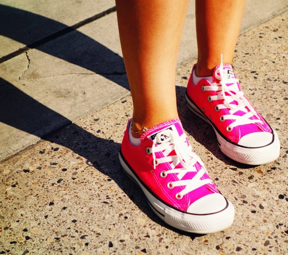 converse roses