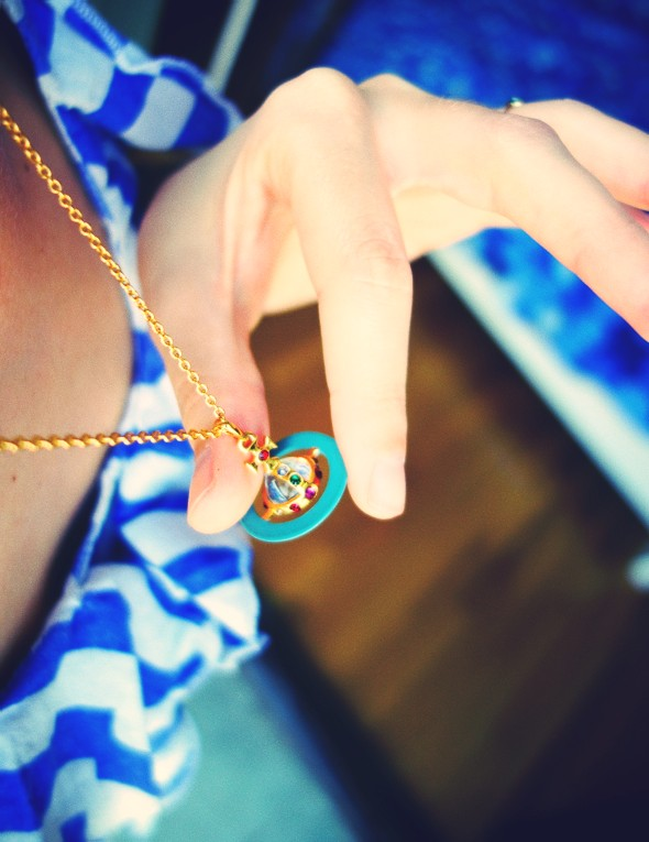 vivienne westwood orb necklace collier_effected