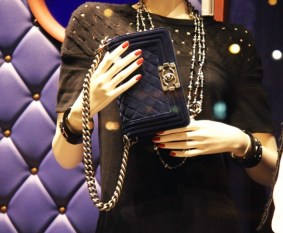 Chanel velvet le boy bag sac velours