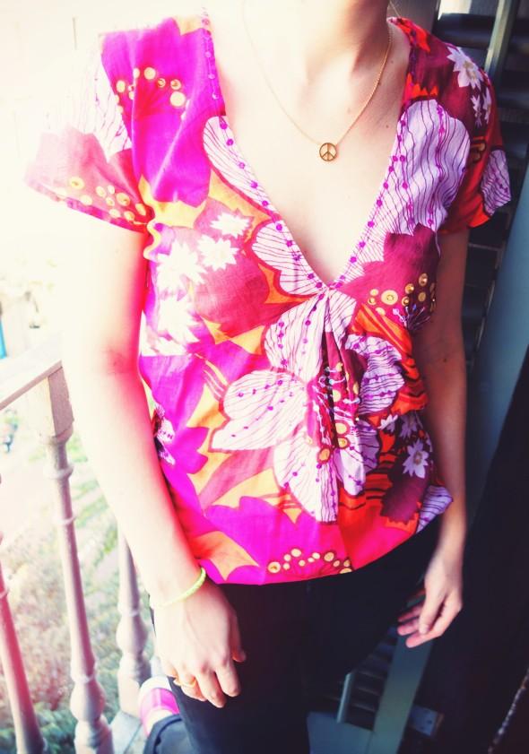La blouse sequins antik batik bowsome le blog mode - Collier comptoir des cotonniers ...