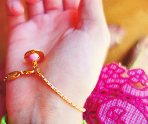 bracelet or rose vivienne westwood_effected-001