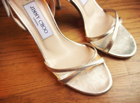 __jimmy choo shoes sandals sandales or gold india fashion mode_effected