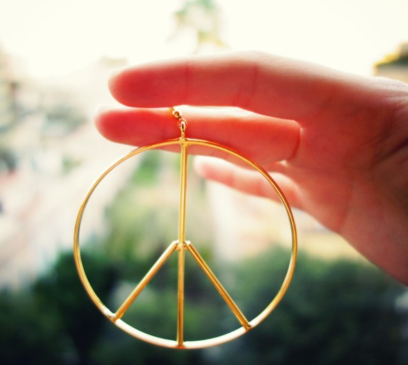 -peace and love earrings gold or boucles d'oreilles hippies gypsy_effected