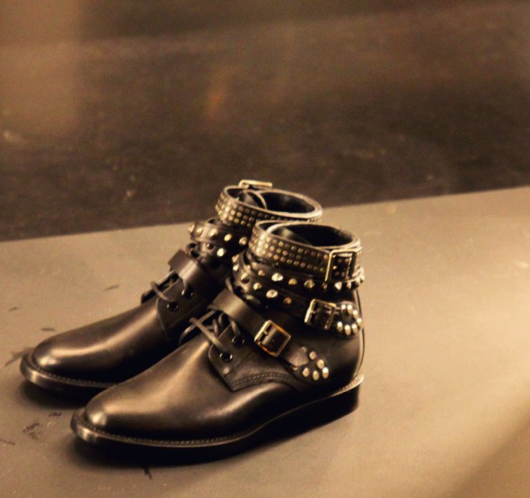 ysl yves saint laurent studs boots_effected