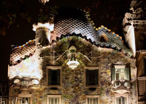 casa_batlló_barcelona_gaudi_by_night_de_noche_monument_barcelona_bcn_