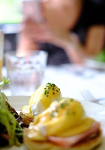 brunch_egg_benedict_singapore_singapour_oeufs_benedicte_yummy