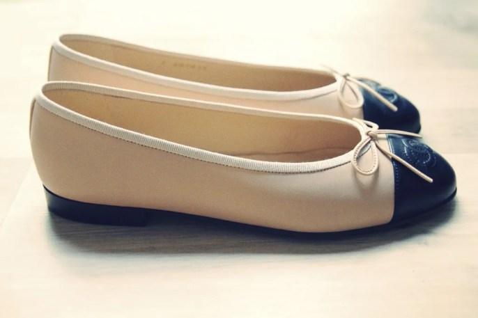 ballerines_ballerinas_flats_chanel_beige_black_noir_negro_leather_piel_cuir_shoes_chaussures_cote__effected