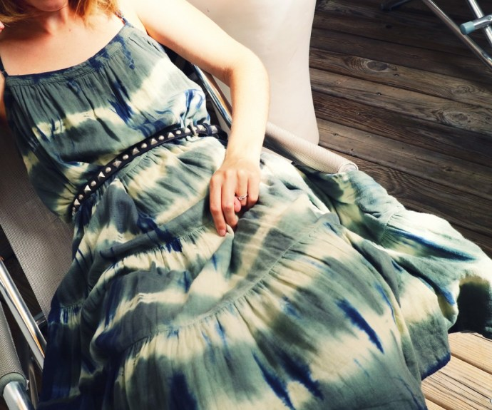 robe_bash_tie_dye_dress_midi_robe_verte_blanche_bleue_blue_green_kaki_khaki_summer_2016_ete_mode_fashion_blog_effected