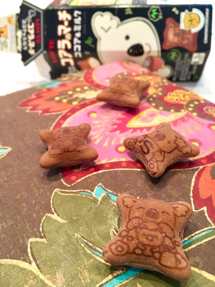 koala-no-machi_lotte_-%e3%82%b3%e3%82%a2%e3%83%a9%e3%81%ae%e3%83%9e%e3%83%bc%e3%83%81-barbe-a-papa_candy_chocolat_chocolate