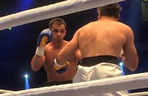 Im 5. Kampf gestern Abend debütiert Super-Mittelgewichtler Patrick Wojcicki gegen Surik Donsdean / Foto: Sebastian Heger