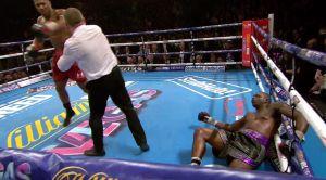 Anthony Joshua schlägt Dillian Whyte KO (Quelle: Twitter Sky Sports)