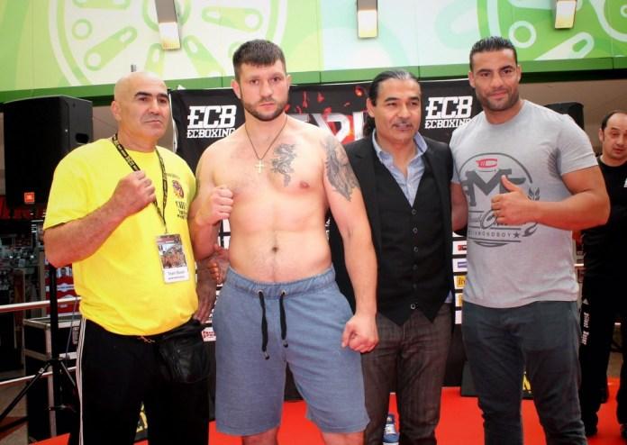 Manuel Charr vs. Andrei Mazanik / Foto: EC Boxing
