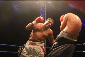 Odlanier Solis vs. Aleksandar Todorovic / Foto: EC Boxing