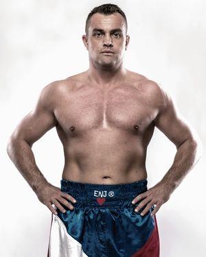 Der ungeschlagene Tscheche Pavel Sour wird der zweite Gegner von Filip Hrgovic sein. Der Kampf findet im Rahmen der WBSS am 27. Oktober in Schwerin statt.