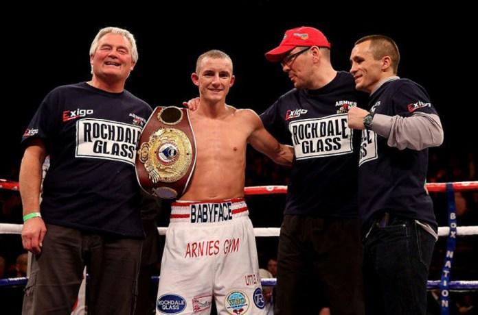 In einem Rematch besiegte gestern Abend in der Echo Arena zu Liverpool Ex-Weltmeister Paul Butler seinen Gegner Sturart Hall einstimmig und klar nach Punkten