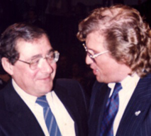 Bob Arum im Gespräch mit Ebby Thust. Ein Foto aus dem Jahre 1987.