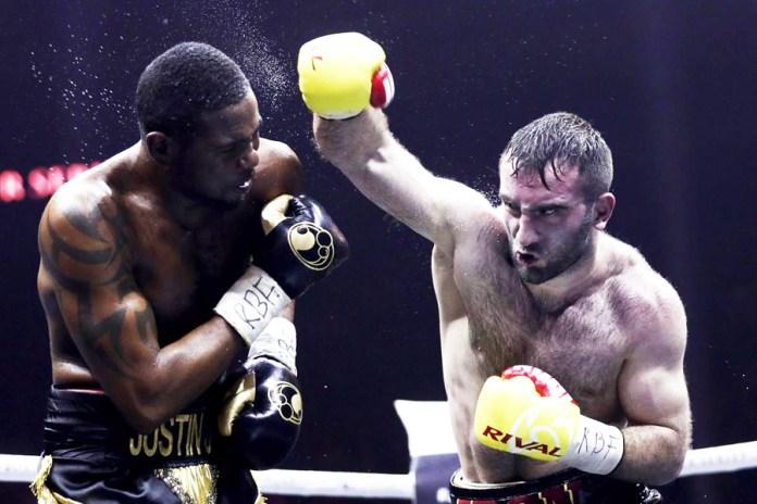 Murat Gassiev schlug in der Nacht zum heutigen Sonntag, im Rahmen der World Boxing Super Series um die Muhammad Ali Trophy, in Sotschi, Russland, den Kubaner Yunier Dorticos nach drei Niederschlägen in der 12. und letzten Runde vernichtend KO.