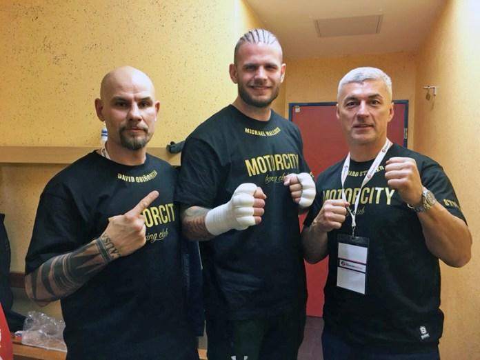 Das Team von Steiner Box Promotion: von links Trainer David Quinonero, Michael Wallisch und Promoter und Head Coach Richard Steiner.