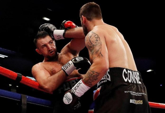 Gestern Abend holte sich der Cousin des Klitschko-Bezwingers Tyson Fury, Hughie Fury durch einen tKO-Sieg in der 5. Runde über seinen Landsmann und Titelverteidiger Sam Sexton den englischen Schwergewichtstitel.