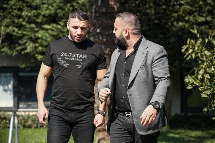 Avni Yildirim und Manager Ahmed Öner