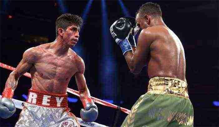 "Foto: Rey Vargas retuvo ante Óscar ""Jaguar"" Negrete"