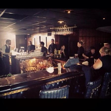 the top steak house bar