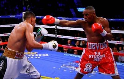 Khan vs Alexander - Amir Khan about to counter Devon Alexander