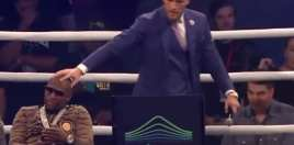 mayweather reacts to mcgregor