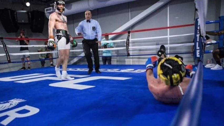Mayweather Gives His Take On McGregor Malignaggi Sparring Footage