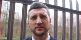 Carl Froch Reacts To Amir Khan Saying He Has More Money Than Him - Blasts Him