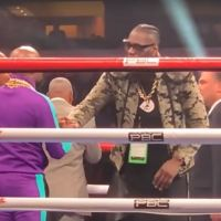 Strange Floyd Mayweather Move Towards Deontay Wilder Goes Unreported