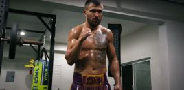 Lomachenko vs Lopez Lights The Way Home Out Of Darkness In Barbaric 2020