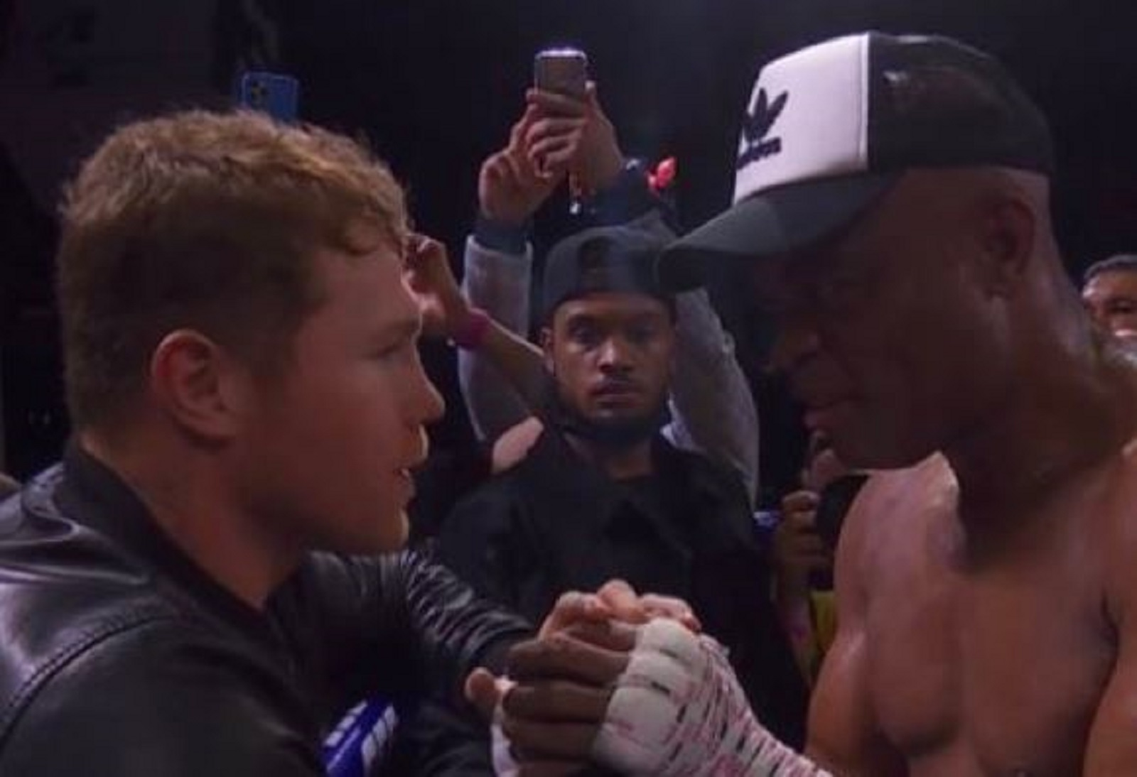 Watch: Canelo Reacts To Fight Legend Beating Son Of Boxing Legend