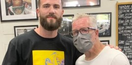 Freddie Roach Runs Into World Champion In Talks For Canelo Fight