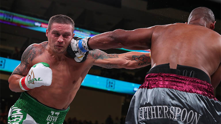 Photo of Oleksandr Usyk's 10 finest skilled victories – Boxing News