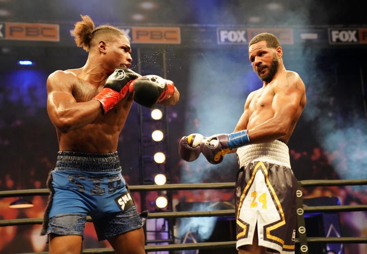 dirrell-davis-fight (29)