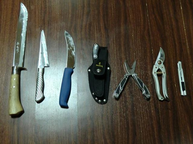 狩猟用ナイフ一式