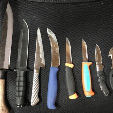 ハンターのナイフたち。いろいろ買い足した狩猟用ナイフを紹介します。