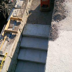 precast concrete step install