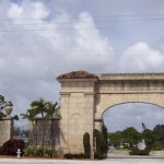 Woodlawn Cemetery - Palm Beach's oldest gated community