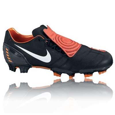 Nike Total 90 Strike II Football Boots