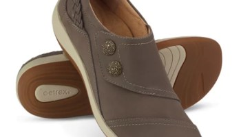 Arch-Supporting-Casual-Shoes