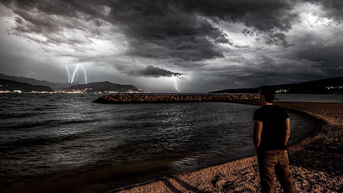 Lovac na oluje